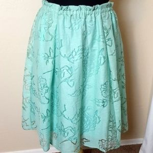 Lane Bryant mint green skirt adorable